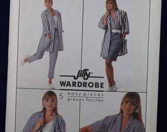 1980's Sewing Pattern for a Woman's Set of Outfits in Size 10-12-14 - Simplicity 8479