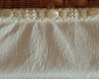 Elegant Bridal or Special Occasion Vintage Clutch / Purse - Fleurette of Miami - Unique 1960s D609