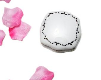 Vintage Porcelain White Square Gold Jewelry Box, Shabby Chic Decor Vintage Vanity Decor Square Jewelry Box Cottage Chic