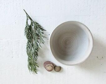 vintage studio pottery bowl / minimal glazed ceramic bowl in neutral colors