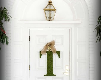 Initial Wreath.  Letter Wreath. Custom Moss Letter Wreath. Monogram Wreath.  Simple Elegance for the Southern Belles.