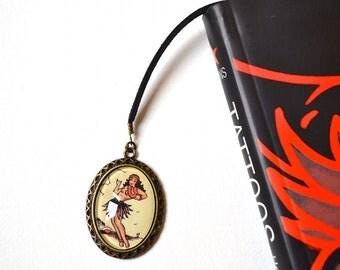 Bookmark with Bronze Pendant - Cabochon - Hawaiian Dancer - Tattoo - Vintage Style - Handmade