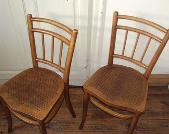 A lot, 2 wood bentwood seat THONET chairs perforated, embossed/engraved, caning in relief, bistro, retro decor, vintage