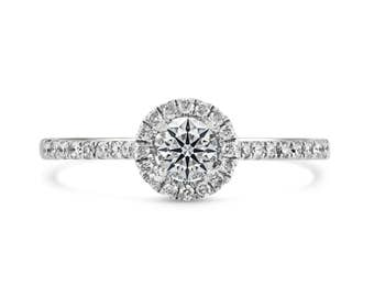 0.21ct Side Diamonds in 14K White Gold Semi Mount Halo Ring (NO CENTER STONE)
