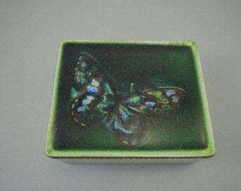 Vintage ceramic box / Karlsruher Majolika / butterfly / 7270 | West-german pottery | 60s