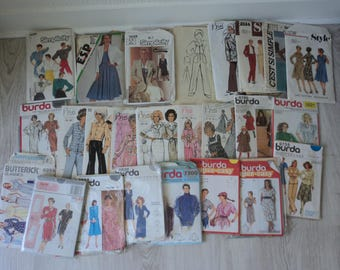 27 French Vintage assorted sewing patterns for use or resale (04814)