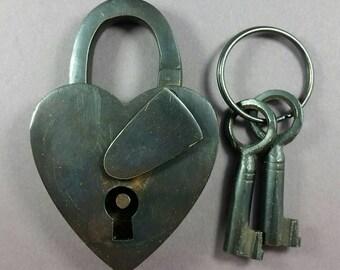 "Antique Vintage Heart shape Love Lock Padlock with 2 Skeleton keys, 2 3/4"" tall, Wedding gift, Engagement, Valentines, Commitment #L3"