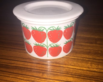 Arabia Finland strawberry print jam jar