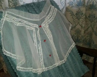 Lovely Sheer Vintage Apron / Vintage Kitchen / Red Apples / Retro / Pinup Style