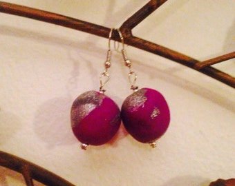 Purple/magenta and silver swirled polymer clay beaded earrings