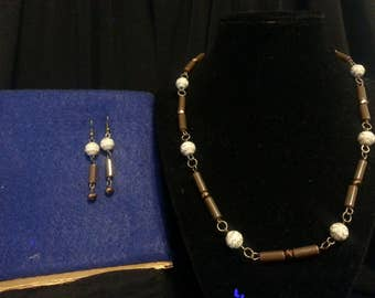 Brown, Gold and White Jewelry Set