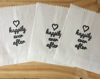 25 x White Paper lolly Sweet Candy Bag - Hand Stamped Happily Ever After Wedding Bag - Fairytale Princess