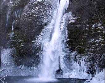16x24 Poster; Horsetail Falls Winter
