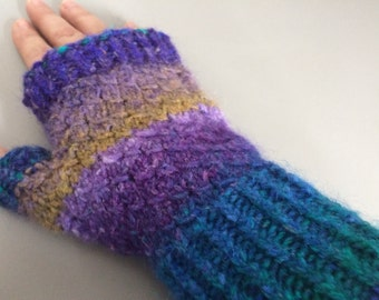 Scaled Fingerless Mitts