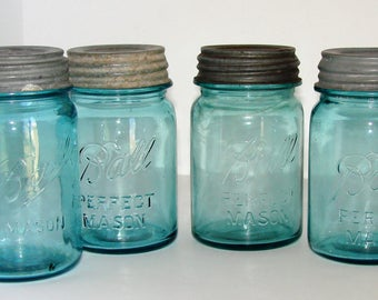 4 Blue Mason Pint Jars with Zinc Lids Very Nice Condition