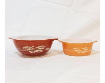 Vintage Set of 2 Pyrex Bowls Wheat Pattern