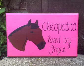 Plain Background Customized Horse Stall Sign