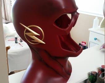 Cw flash mask cowl