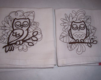 Brown owls Kitchen Towels Check sale price