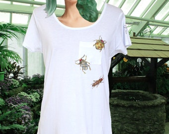 Hand painted t-shirt SIZE: SMALL bug pocket tee