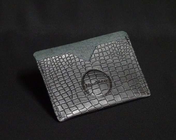 Pocket Wallet - Crocodile Texture - Kangaroo leather with RFID credit card blocking - Handmade - James Watson