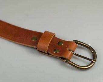 Handmade leather Daniel belt in Whiskey Italian Veg Tan