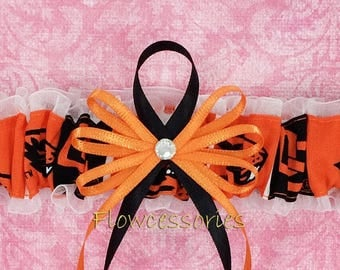 Pick Charm - Oregon State University Beavers - OSU - handmade bridal wedding garter - toss