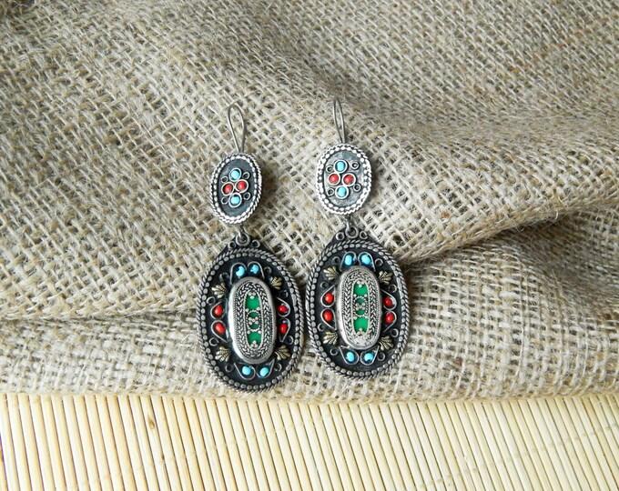 Boho earrings, dangle earrings, green tribal earrings, afghan drop earrings, indian gypsy earrings, bohemian earrings, long ethnic earrings