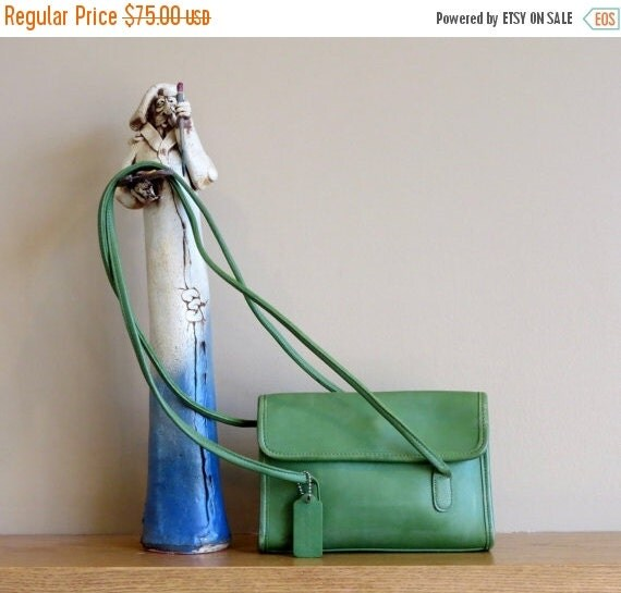 Football Days Sale Coach Laurie Flap Green Leather Shoulder Bag Style No 9032 -Very Nice- EUC