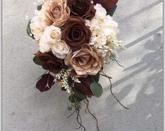 Wedding bouquet, brown bouquet, cascade bouquet.