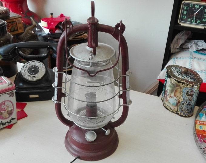 Frowo 435 storm Lantern. Electrified
