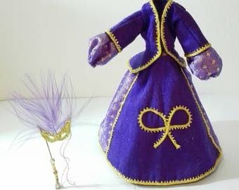 Dress to remove and put on purple, scale 1:12