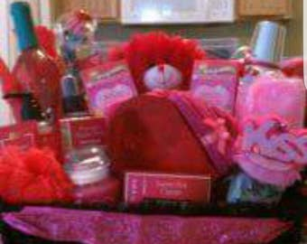 Gift Baskets for all occasions. Name your occasion and budget. Let me handle the rest. Each basket customized to fit your gift giving needs.