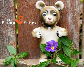 Vintage Repurposed Ceramic Woodland Teddy Bear Oso Ours Hug Ring Holder Jewelry Storage Made in Japan California Found