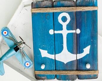 "Hanger-keeper ""old anchor"""