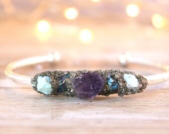 Raw Stone Jewelry for Her, Gemstone Raw Bracelet, Bohemian Crystal Jewelry, Crystal Jewelry for Girlfriend, Raw Gemstone Cuff Bracelet