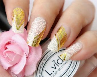 Gold Lace Nail Wraps