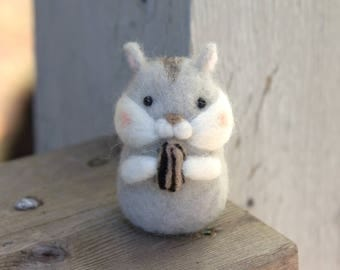 Miniature Hamster with nut -Felted Hamster-Needle Felted Hamster-Hamster gift-Plush Hamster-Hamster home decor-Felted Djungarian Hamster