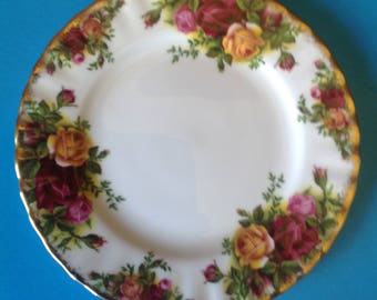 Royal Albert 'Old Country Rose' Side Plate/Bread and Butter Plate/Made in England/Bone China/Replacement China -1980's