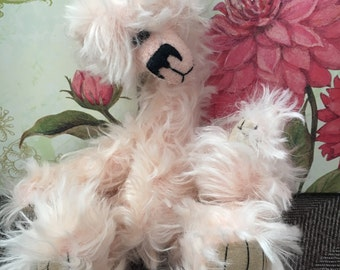 Bianca, Ooak mohair artist bear, Alaine Ferreira, Bearflair, heirloom collectable artist bear