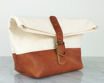 Dopp kit / Leather Shaving bag / Toiletry bag made of Horween leather and canvas great for travel or as men's gift