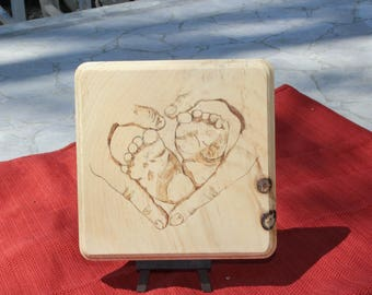 Baby Feet, Wood Burn, Wall Art, Baby Shower, New Life, Newborn, Footprints, Baby Foot, Hands, mother's day, Pyrography