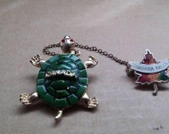Niagara Falls Canada Turtle and Maple Leaf Souvenir Brooch