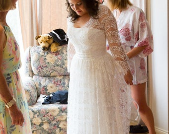 Long Lace Wedding Dress / Boho Bridal Gown with sleeves in white colour