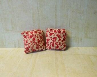 miniature cushions, doll house cushions, miniature accessories, doll house accesories