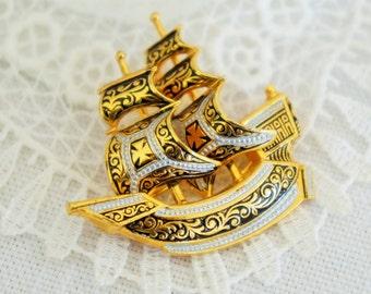 Beautiful Sailing Ship Brooch/Spanish Ship Brooch/Vintage 3D Ship Brooch/Damascene Ship Brooch/Spanish Galleon Brooch/Spanish Treasure Fleet