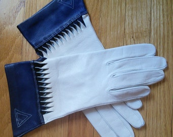 Leather gloves in stone and navy // embellished leather gloves in very light grey and navy