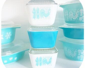 Vintage Pyrex Butterprint Fridgie, 502, Blue Pyrex, Pyrex with Chicken, Blue Rooster, Vintage Pyrex, Butter container, Kitsch, Kitschy decor