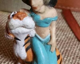Walt Disney's Jasmine of Aladin with Tiger/2 Inch PVC Figure by Mattel/Collectible Miniature/Disney Princess Jasmine/1993