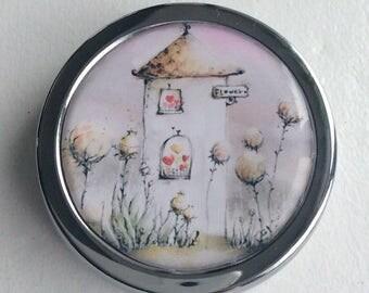 Pill, jewlery and little treasure/ BOXE/  Pastel house